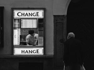 Viele suchen einen Wechsel. Bild: Andreas Schalk, CC-BY 2.0 via flickr.com